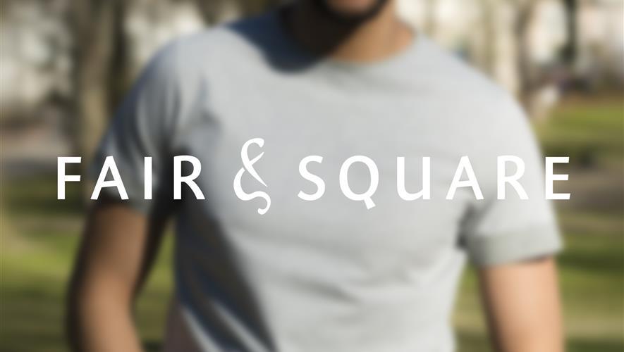 T skjorter med Be the change Fair & Square
