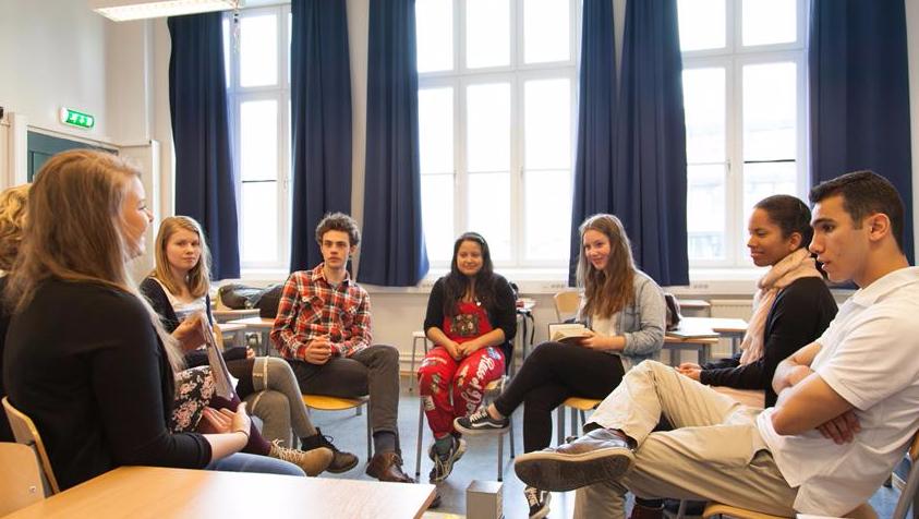 Vil du se skoleungdom i Nord-Norge vokse i troen?